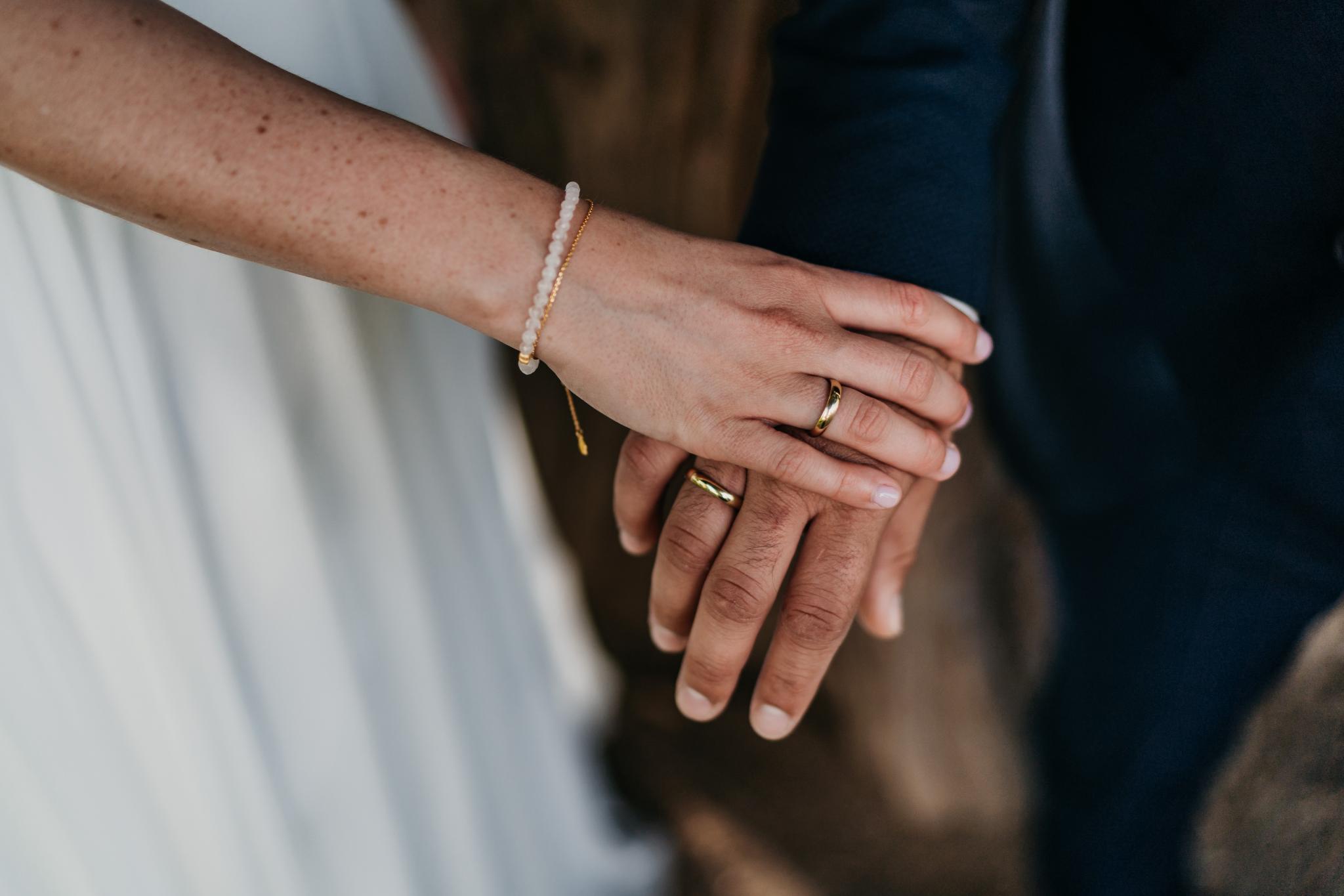 Hochzeit auf Schloss Heiligenberg Eheringe selbstgeschmiedet