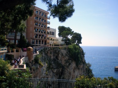 Apts on a Cliff in Monaco