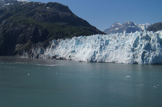 BPO 2013 Ice Falling on Margerie Glacier