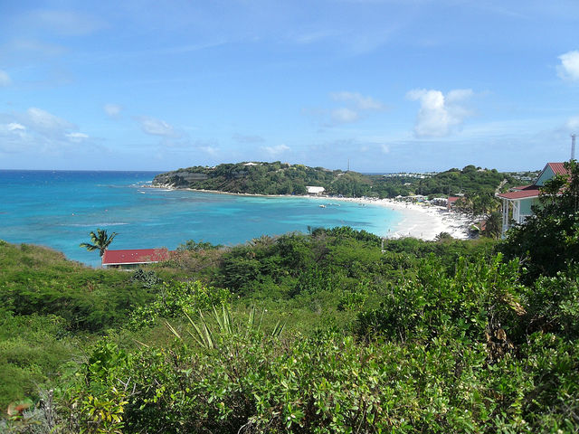 Day in Antigua - Lookout point Long Bay Beach