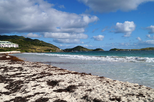 Airplanes and Beaches in St. Maarten - Beach and water in Orient Beach