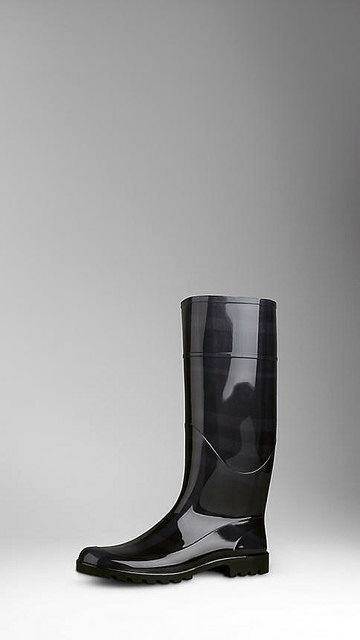 Stylish Mens Boots for Traveling - 2015 - Black Beat Check Rain Boot