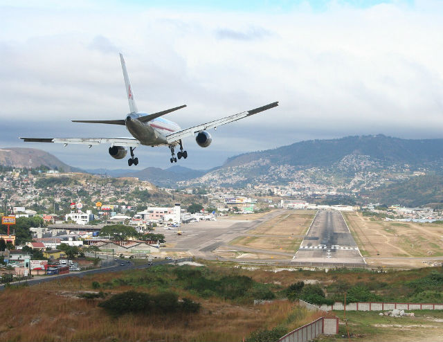 Travel with Fear... but Only a Little - Airplane landing in dangerous Tegucigalpa