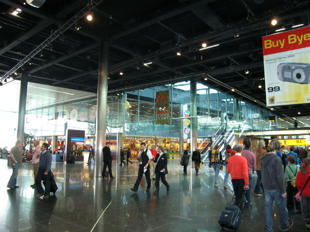 Best Airports for a Layover - Amsterdam Airport