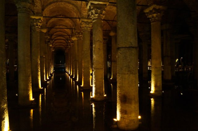 My Tips for Istanbul Turkey - Basilica Cistern