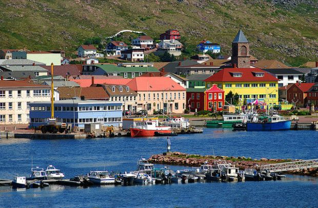 The Oddity of Saint-Pierre and Miquelon - Beautiful colors