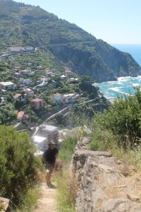 Hiking between Riomaggiore and Manarola