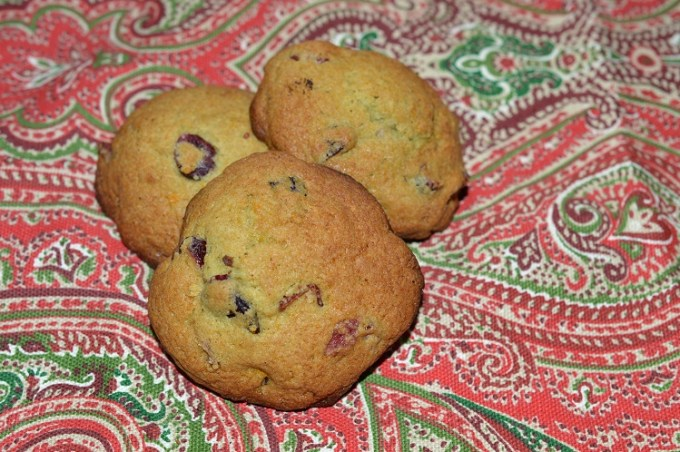 a pile of boozy cranberry cookies
