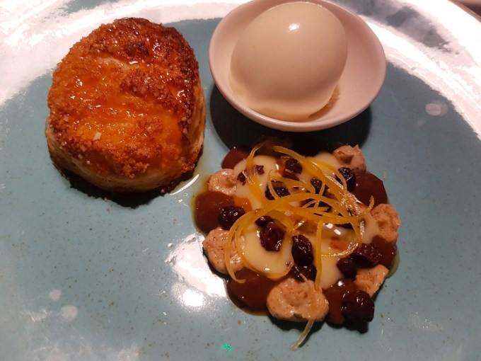 deconstructed Eccles cake / Grafene, Manchester / SHE-EATS