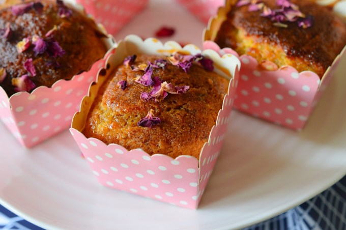 Tray of muffins / Rose, pistachio and cardamon muffins / SHE-EATS