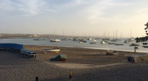 Palmeira beach with the bay full withboats, all the way upfront on the left hand side a beautiful catamaran ;-)