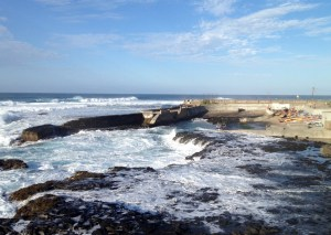 ...are only used from June to August due to the massive swell the rest of the year that makes it unpossible to land...