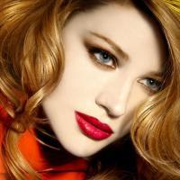 Bridal Barat Day Endows Ultra Glamor Red Makeup