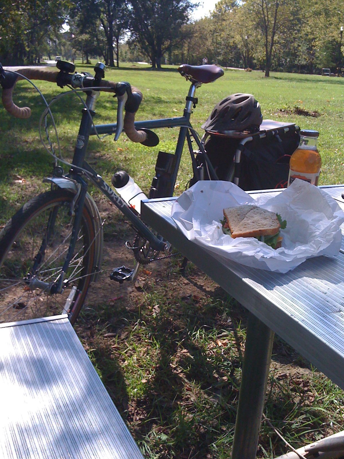 bike lunch