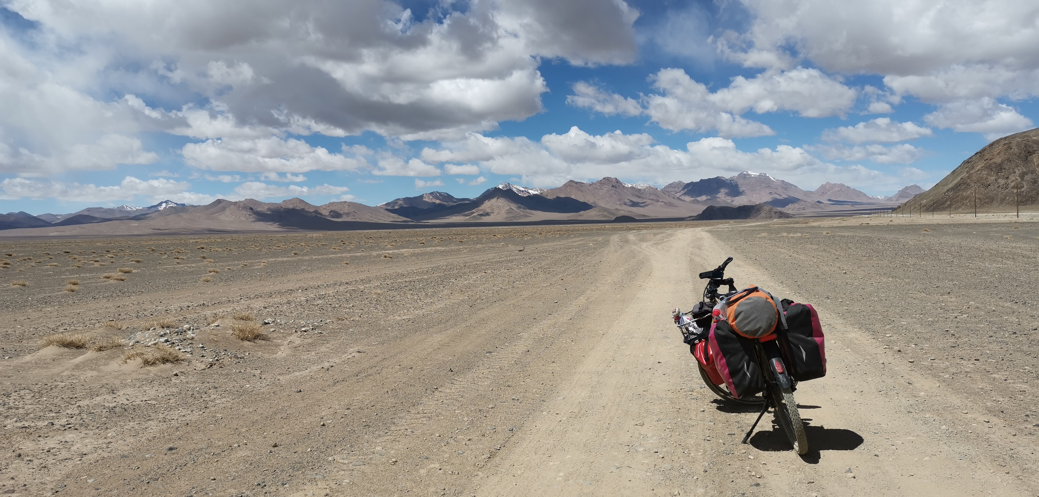 Mit dem E-Bike auf dem Pamir-Highway
