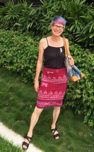 M 40-year-old sarong