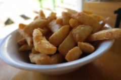 Mavis's chips – golden beauties
