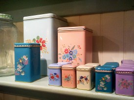 vintage tins, berry red church street hereford