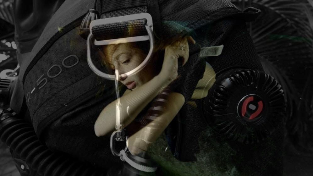 She dives tech promo.Still053