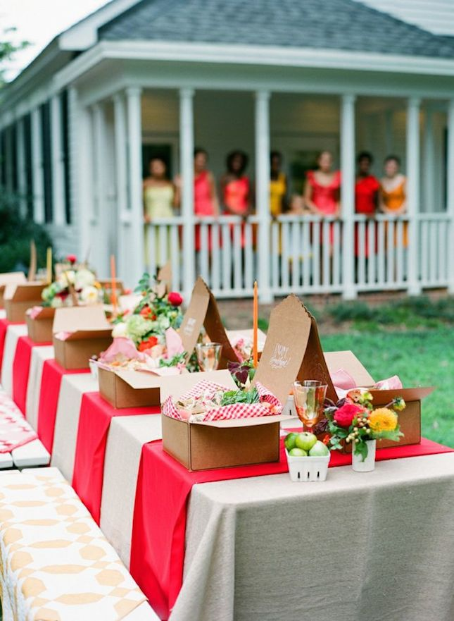 What's not to love about this outdoor picnic inspired bridesmaids luncheon !