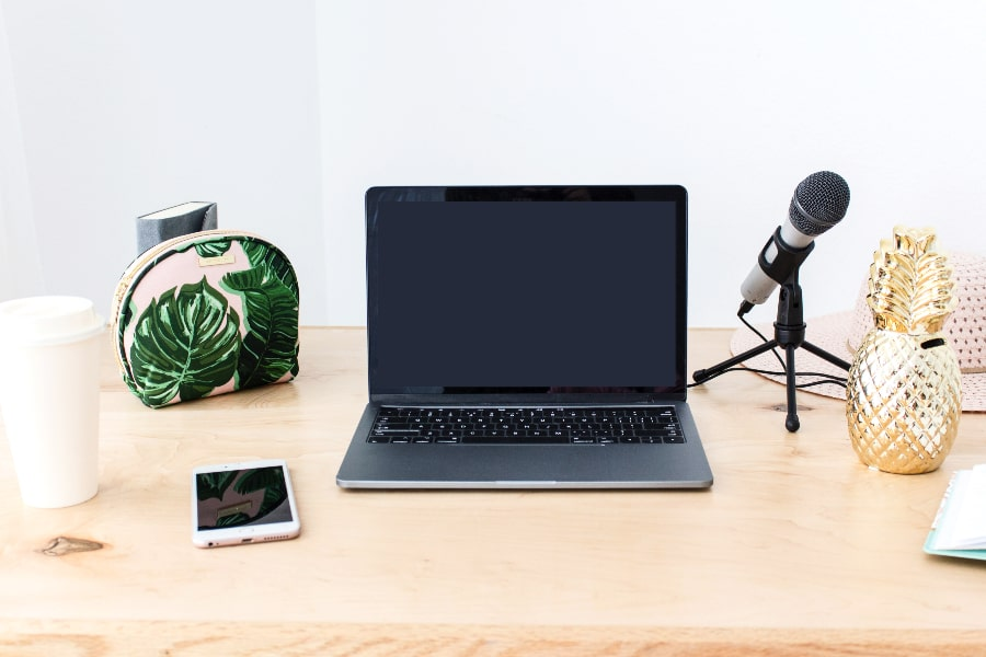 best podcasts for 20 somethings and entrepreneurs