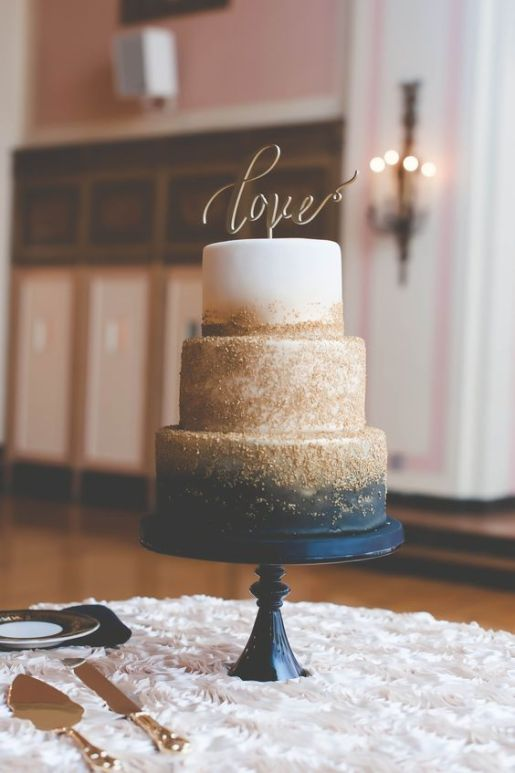 You Will Love These Dramatic Wedding Cakes // Wedding Inspiration by Sheer Ever After
