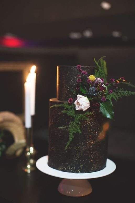 You Will Love These Dramatic Wedding Cakes - Wedding Inspiration by Sheer Ever After