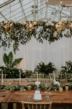 https://ruffledblog.com/black-tie-philadelphia-wedding-with-a-boho-twist/?utm_content=bufferc8d52&utm_medium=social&utm_source=pinterest.com&utm_campaign=buffer