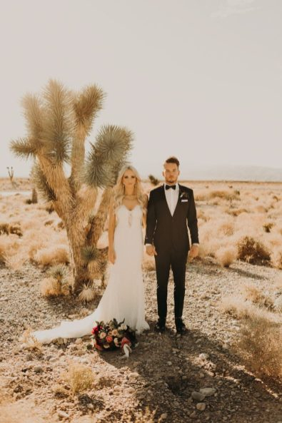 https://junebugweddings.com/wedding-blog/cant-get-enough-boho-glam-las-vegas-wedding-paiute-golf-resort/