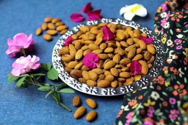 Kashmiri Mamra Almonds - Buy Kashmiri Mamra Almonds Online in India