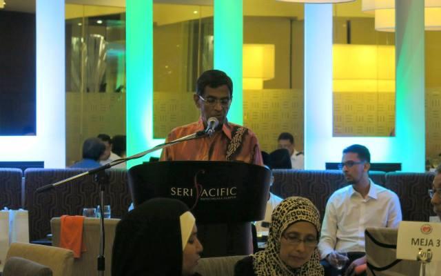 iftar-bersama-yb-menteri-kesihatan-dan-pengamal-media-2016-di-zende-seri-pacific-hotel (18)