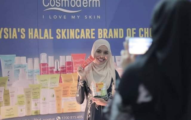 klmfw 2016 silver sponsor cosmoderm