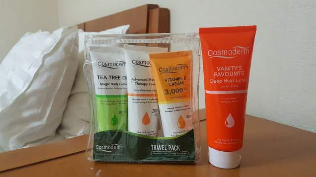 travel-pack-cosmoderm-set-umrah-haji-cosmoderm