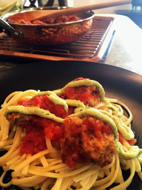 salmon spagheti and avocado crema thumbnail