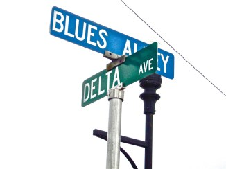 Jukes! Sites! Venues! Restaurants! Shops! Museums! Shacks! - the last resting places of BLUES greats! MUSIC!