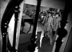 The.Third.Man.1949.REMASTERED.1080p.BRRip.x264.AAC-ETRG.mp4_20160217_170243.238