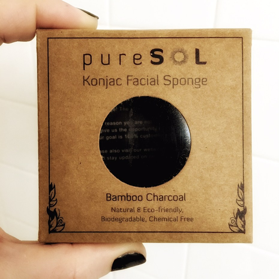 Activated-Charcoal-facial-sponge