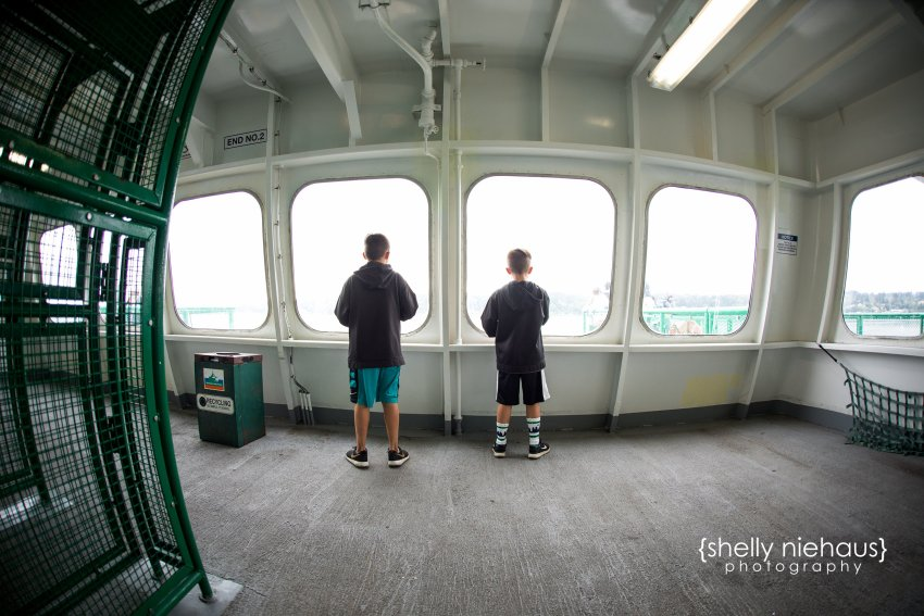 Shelly Niehaus Photography| Dallas Family Photography| Boys on ferry
