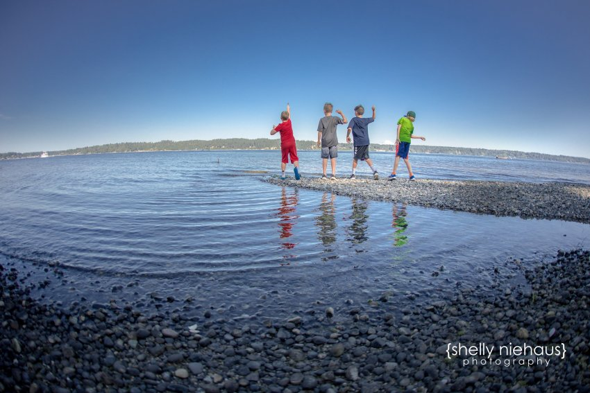Shelly Niehaus Photography| Dallas Family Photography| Boys throwing rocks in Puget Sound