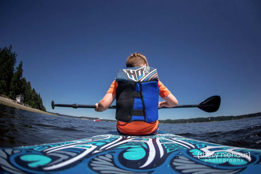 Shelly Niehaus Photography| Dallas Family Photography| Boy on paddle board