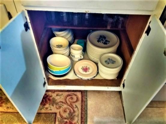 cabinet (2).jpg