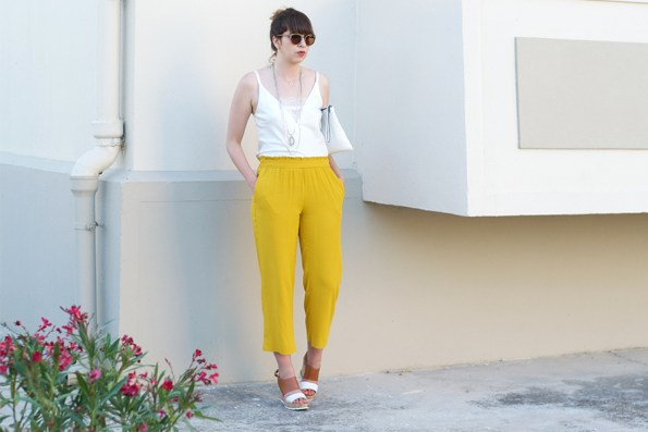 pantalon,fluide,zara, moutarde, look, blanc, dentelle, compensees,
