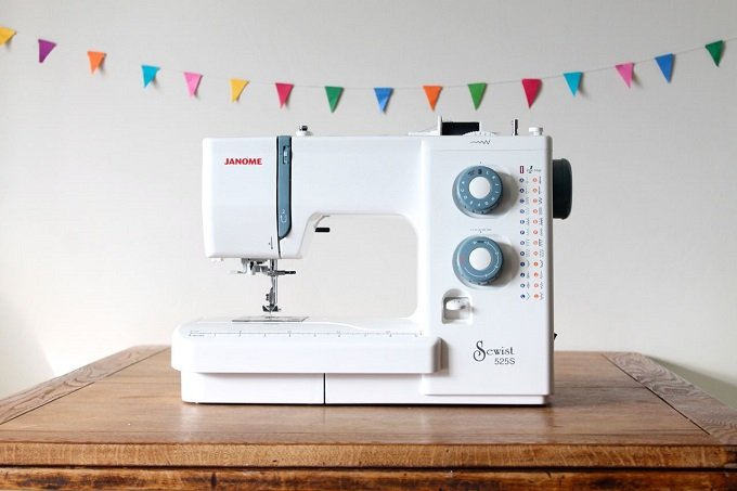 best-Janome-sewing-machine-reviews