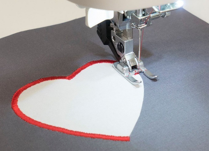best-embroidery-machine-for-home-business-small-business-monogramming-accessories