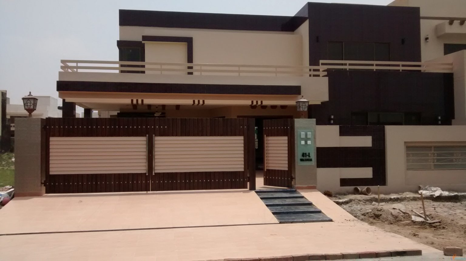 Amazing 2 Kanal Spacious House For Sale In Bahria Town