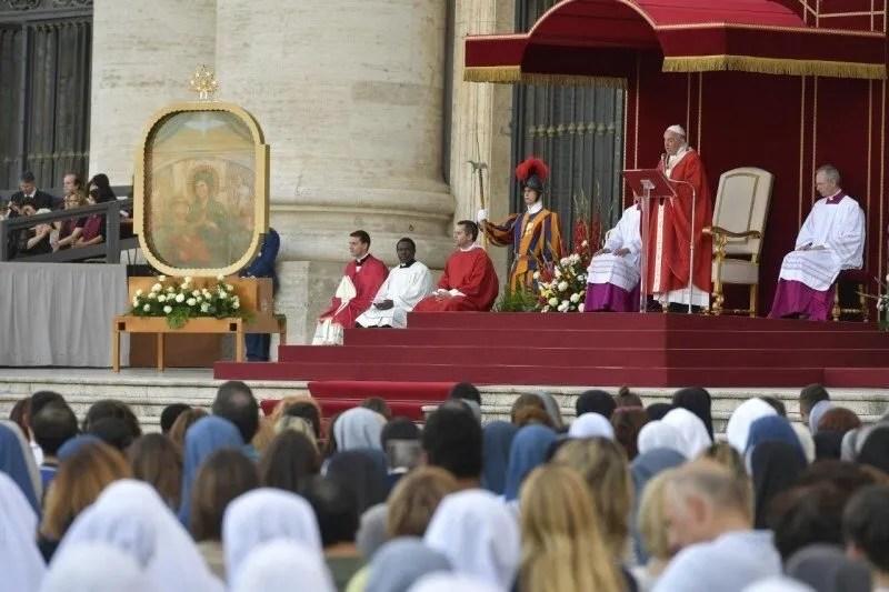 Diretta Veglia di Pentecoste con Papa Francesco