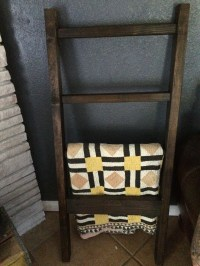 Download Rustic Ladder Quilt Rack Plans DIY 48 rolling