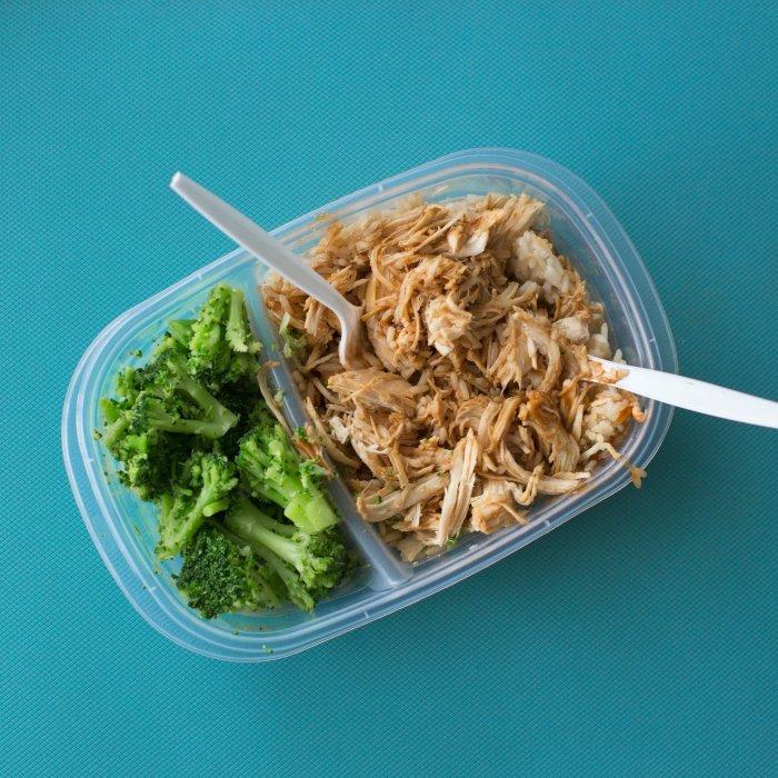 Working Lunch Break tupperware broccoli chicken