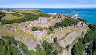 1200px-1_dover_castle_aerial_panorama_2017