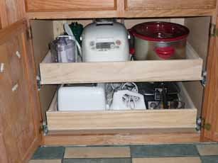 07-8-09_Kitchen_Cabinet1.jpg